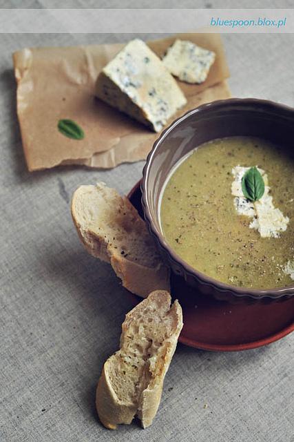zupa z cukinii - przepis i zdjecia