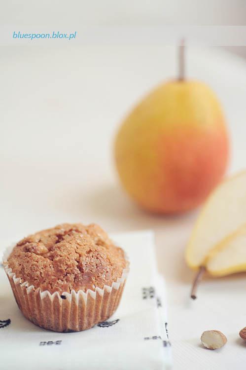 sprawdzony przepis na muffinki z gruszkami i migdałami