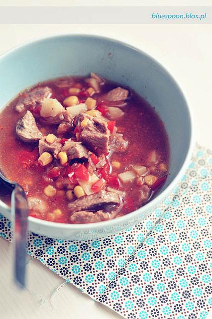zupa gulaszowa - przepis i zdjęcia