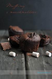 muffiny z czekoladą i piankami marshmallows - sprawdzony przepis i zdjęcia