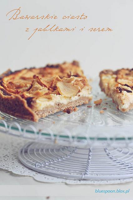 bawarskie ciasto z jabłkami i serem - prosty przepis