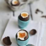 Jajka sernikowe na miękko czyli o bliskości Wielkanocy i Prima Aprilisu