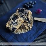 Muffinki ze smażonymi jagodami i nutą cytrynową