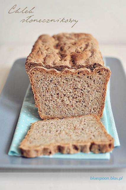 łatwy przepis na chleb słonecznikowy