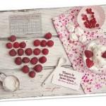 Tapeta na sierpień i przepisy z jagodami