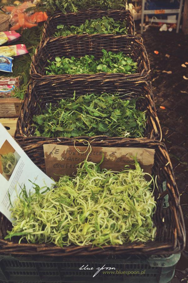 Będą gotowe mieszanki sałat, gotowe by tylko polać je oliwą...