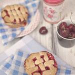 Mini tarty z wiśniami