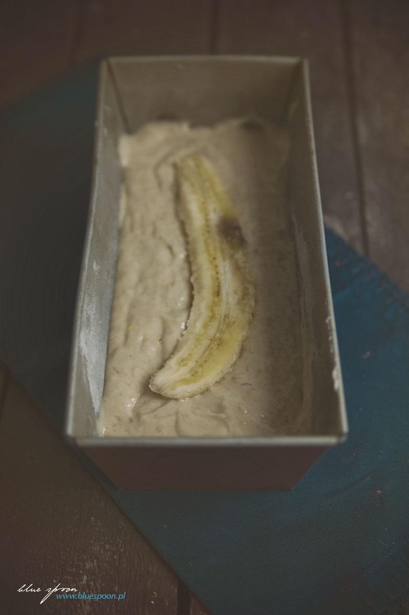 chlebek bananowy bluespoon